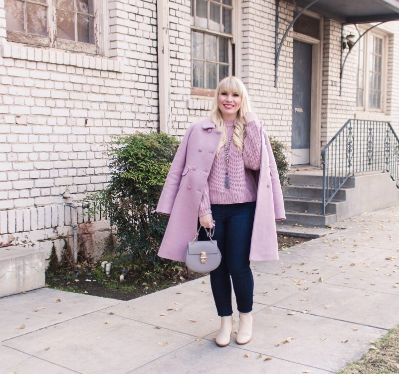 feminine monochromatic pink outfit idea for fall