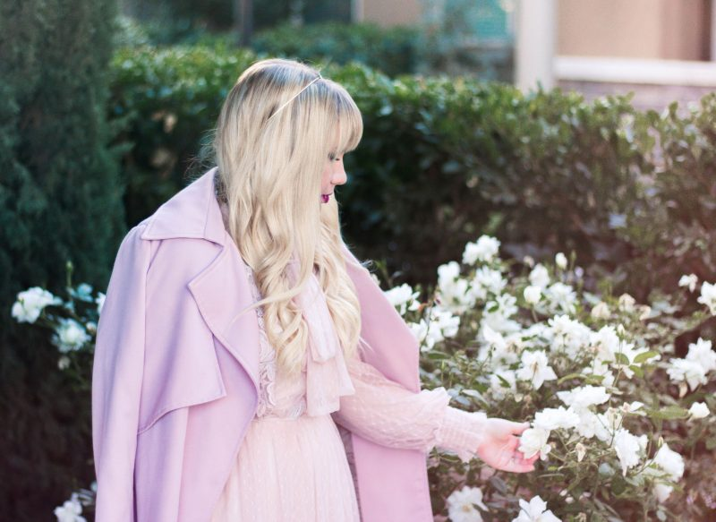 About Popular California Fashion Blogger, Elizabeth, from Lizzie in Lace