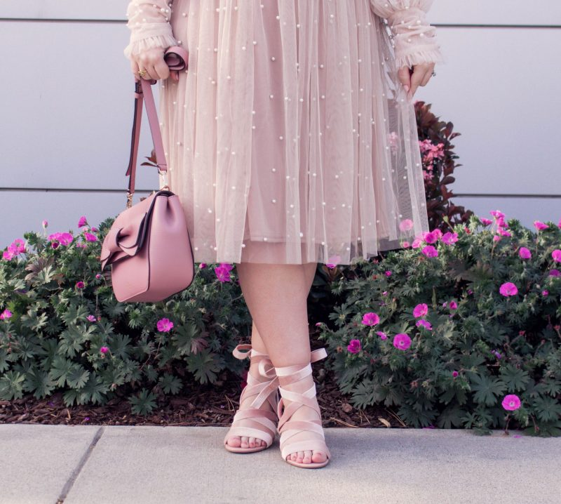 How to Design Your Own Shoes by popular California petite fashion blogger Lizzie in Lace