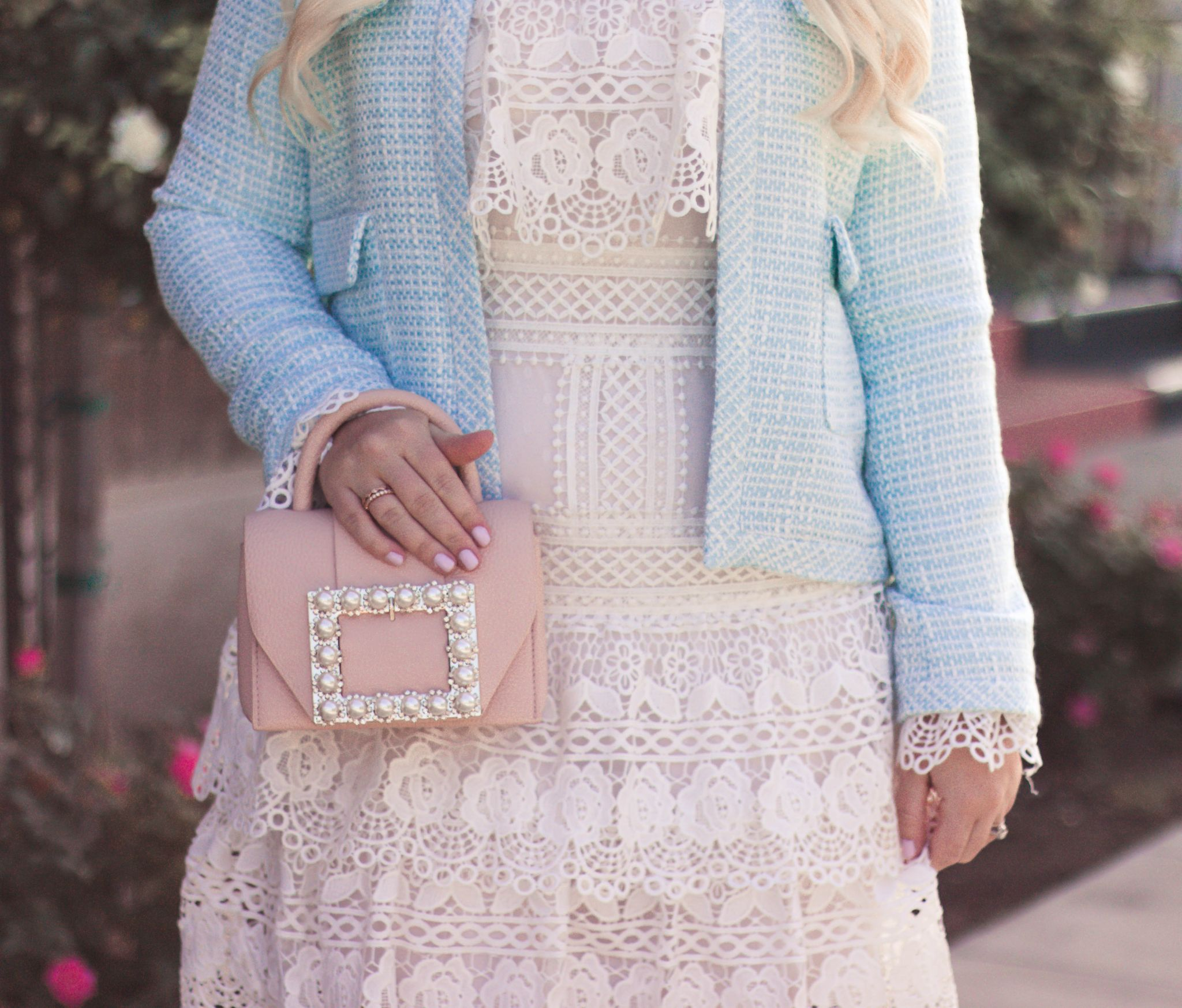 How to Wear Pastels by popular California fashion blogger, Lizzie in Lace