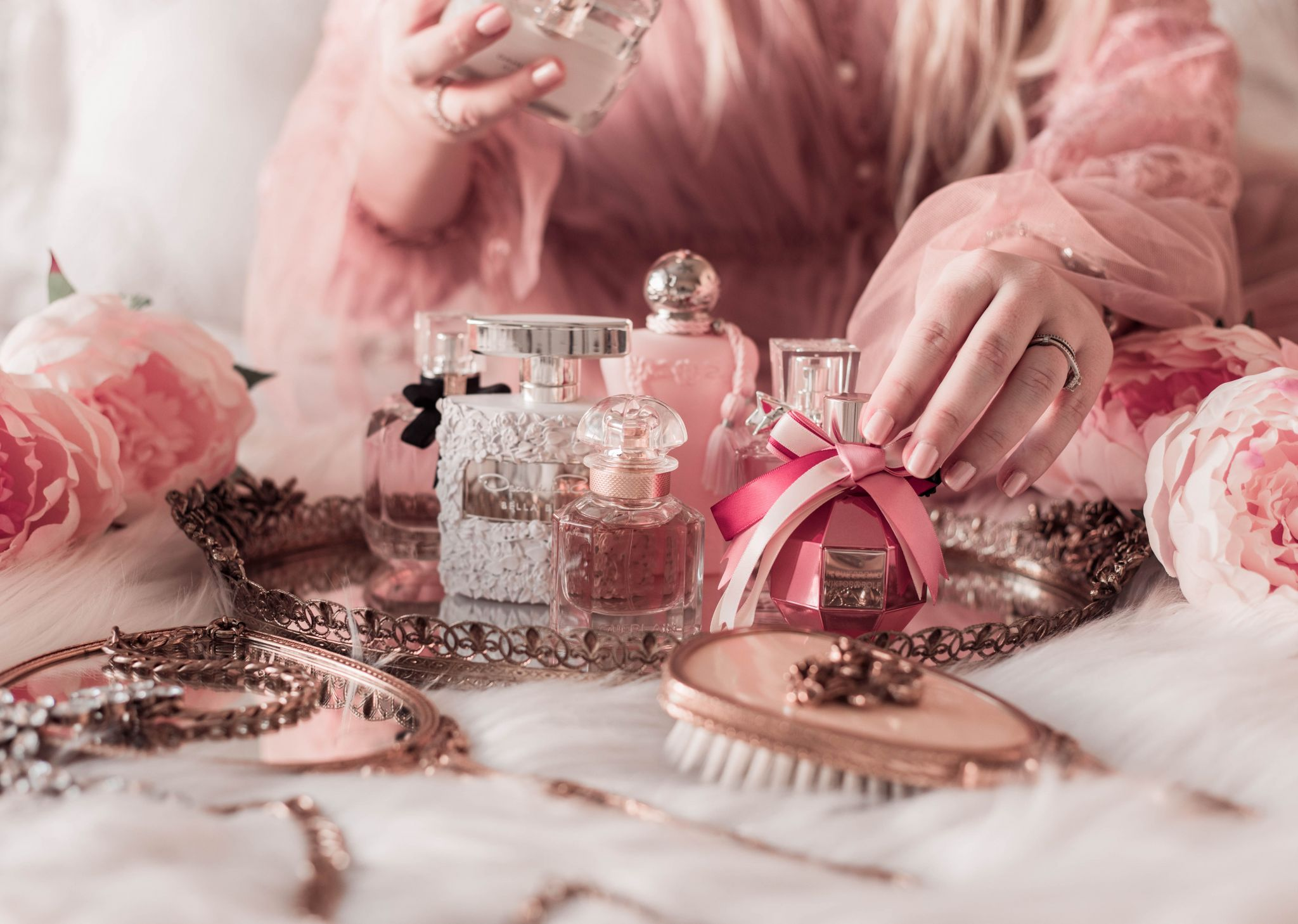 7 Feminine Fragrances to Put on Your Holiday Wishlist