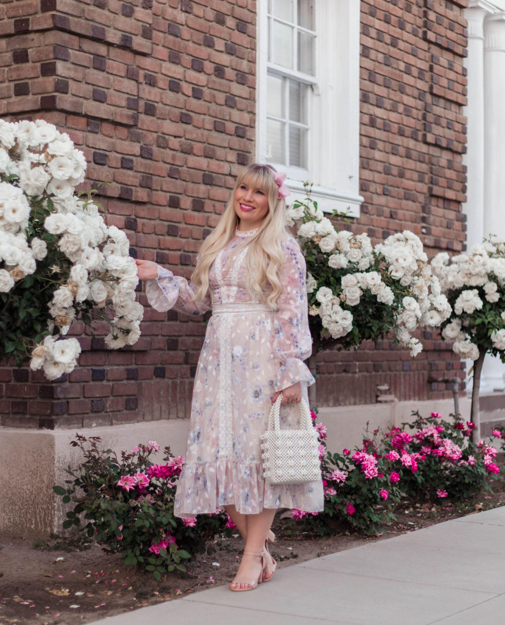 feminine spring outfit idea