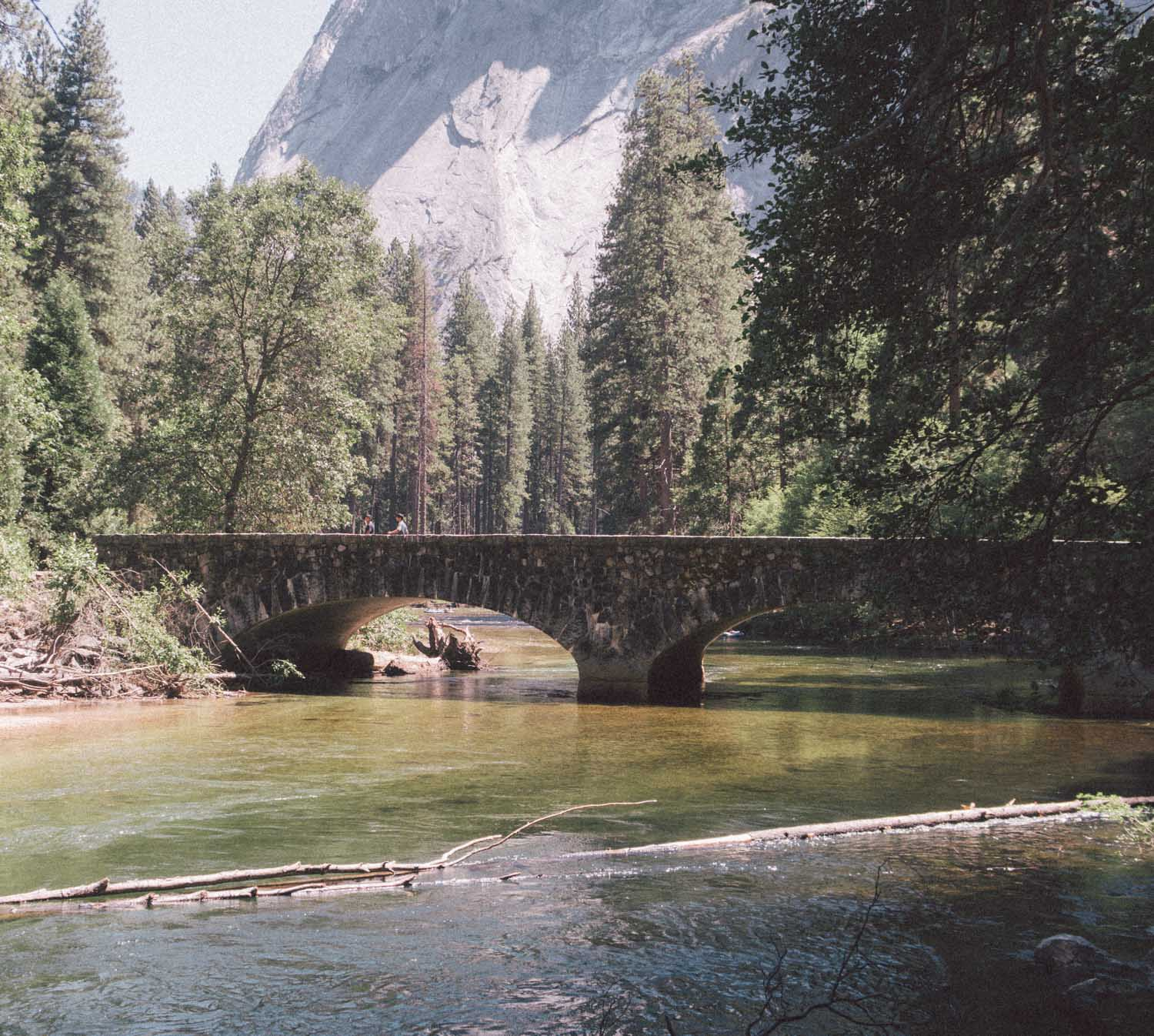 Elizabeth Hugen of Lizzie in Lace shares favorite things to do in Yosemite!