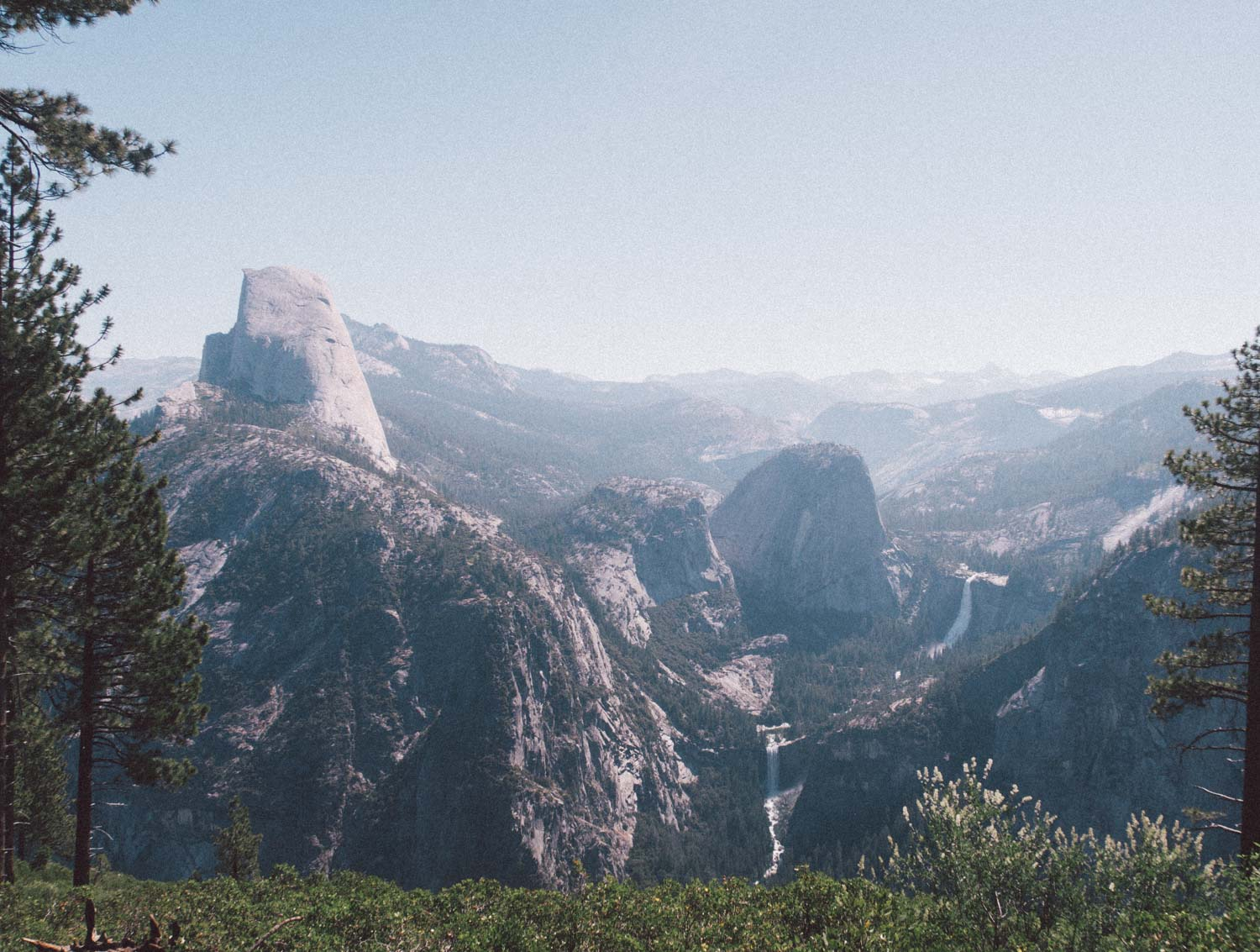 Elizabeth Hugen of Lizzie in Lace shares favorite things to do in Yosemite - including a visit to Glacier Point!
