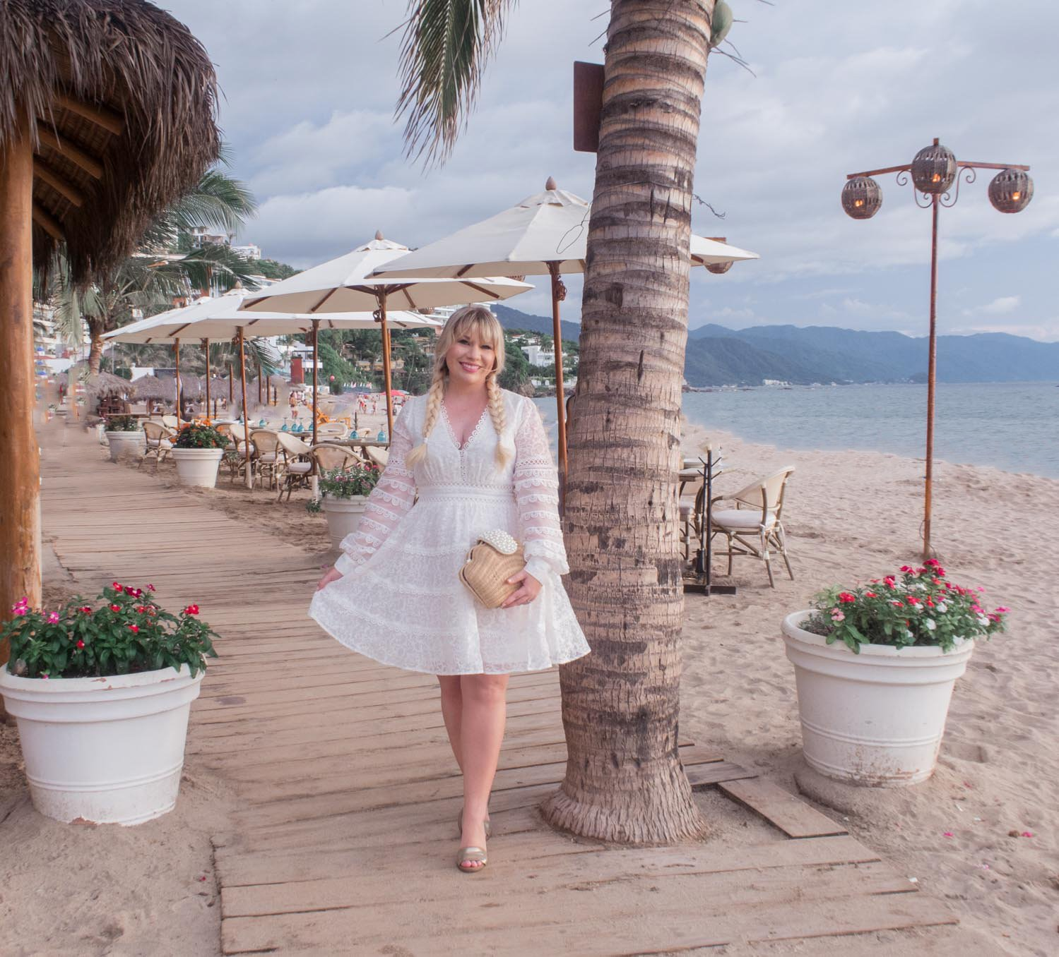 Elizabeth Hugen of Lizzie in Lace shares her favorite summer outfits from Puerto Vallarta!