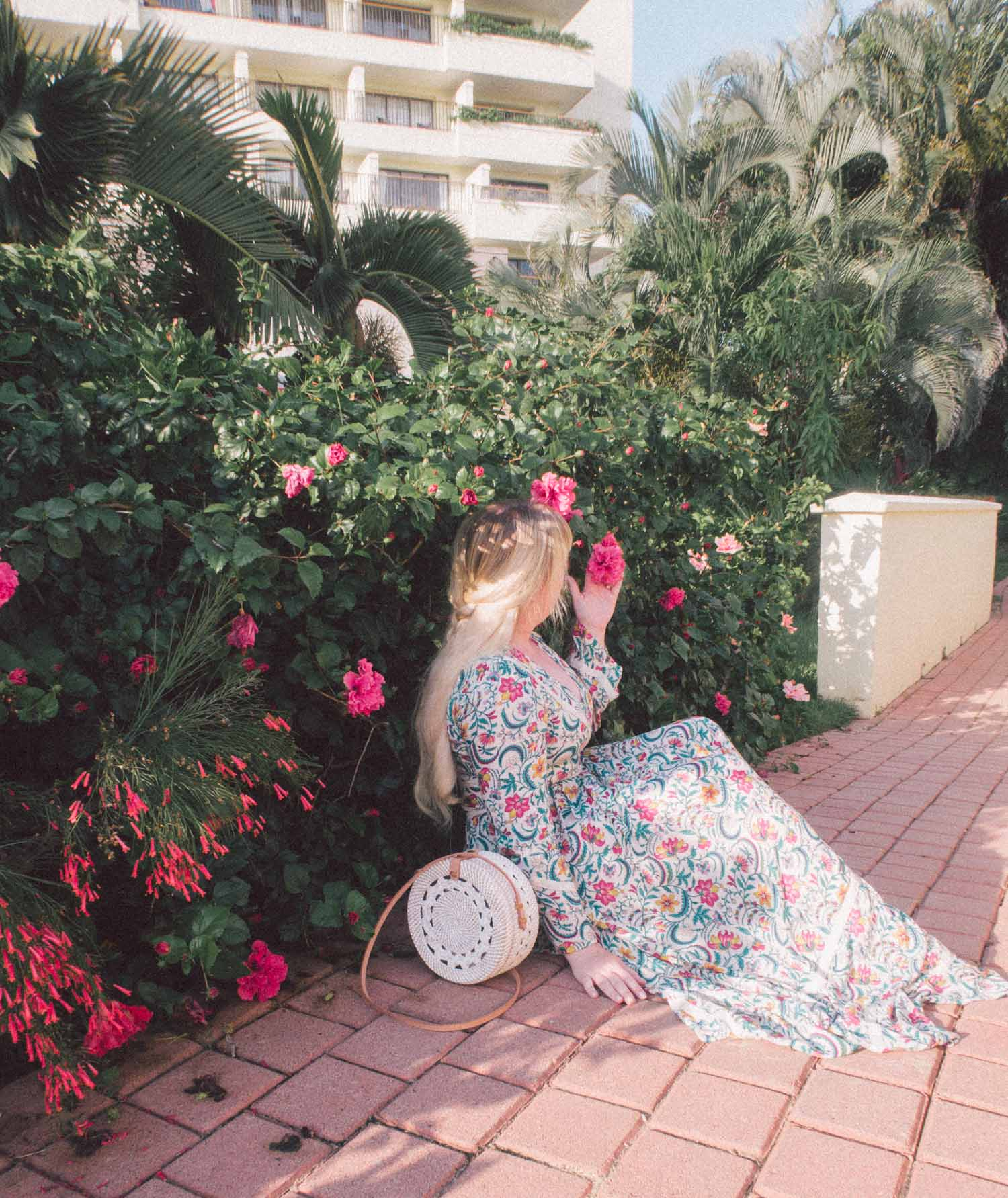Elizabeth Hugen of Lizzie in Lace shares the Marriott Puerto Vallarta courtyard!