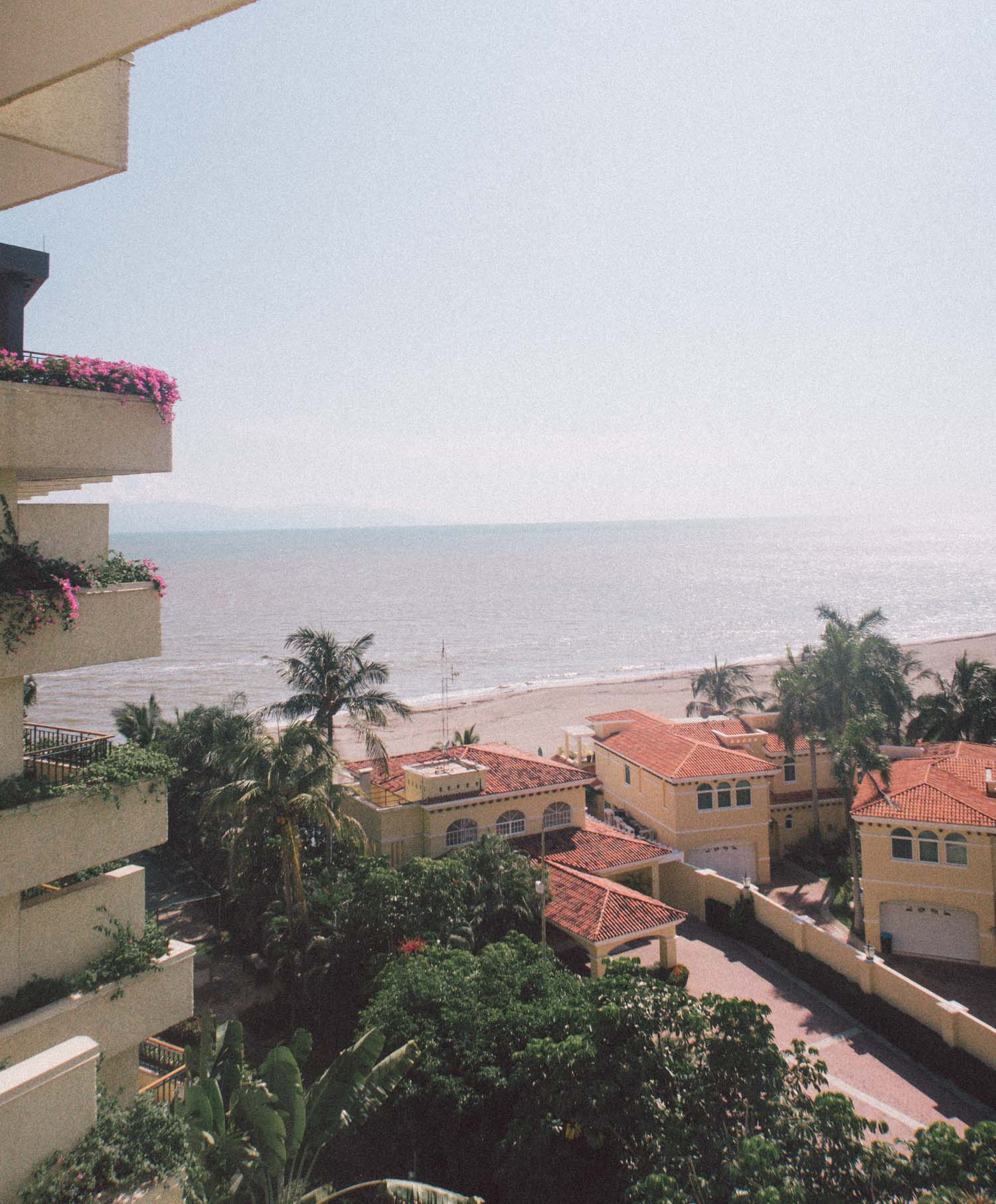 Elizabeth Hugen of Lizzie in Lace shares a bedroom from the Marriott Puerto Vallarta!