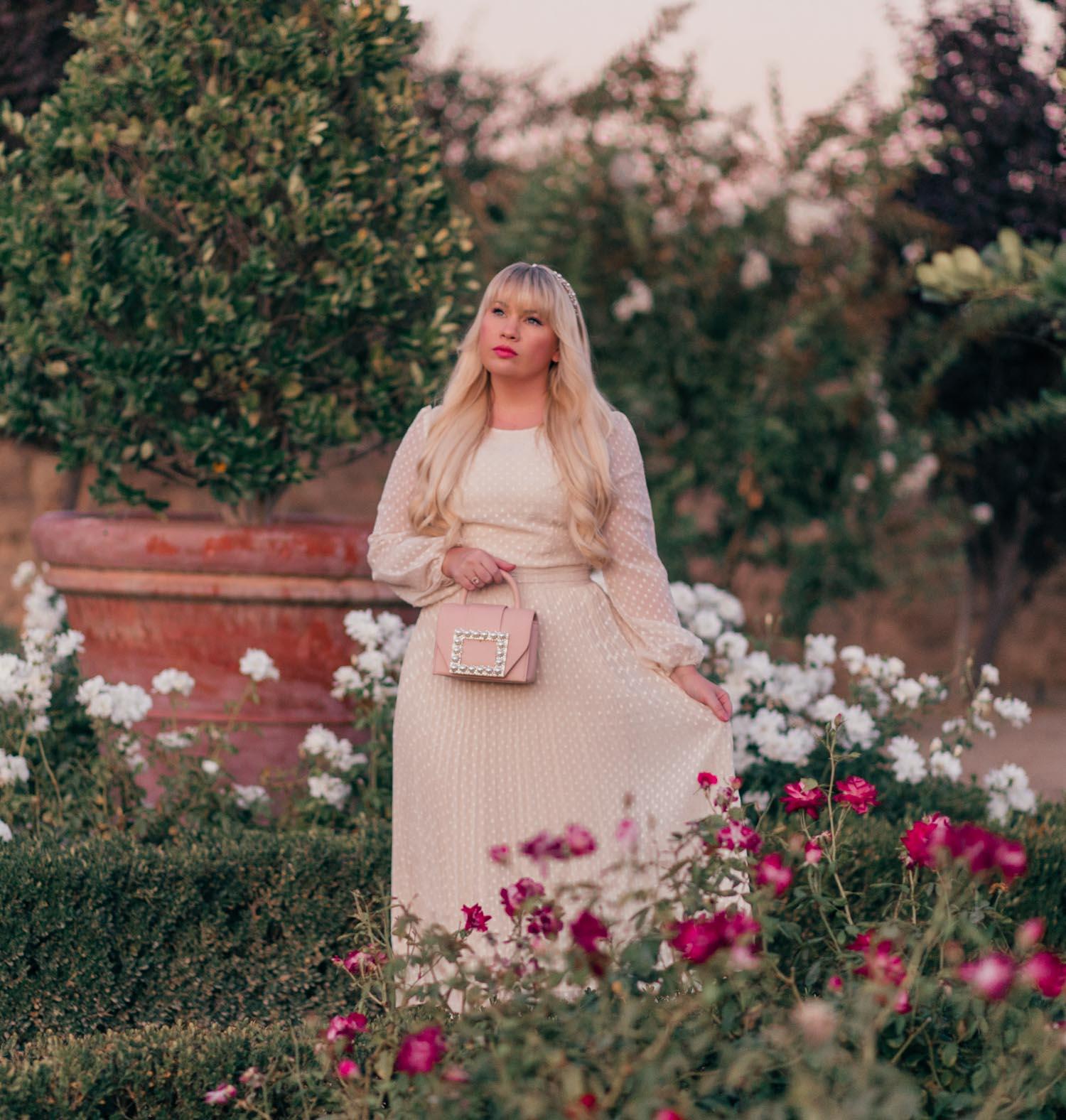 Elizabeth Hugen of Lizzie in Lace wears a feminine fall outfit!