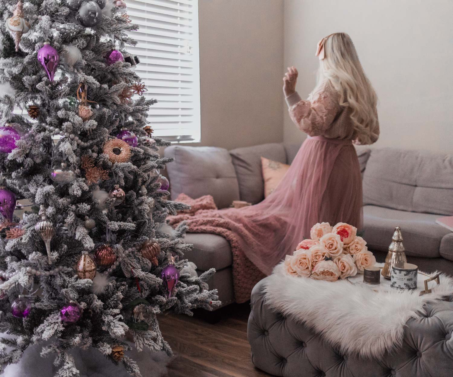 Elizabeth Hugen of Lizzie in Lace shares her feminine Christmas decor.