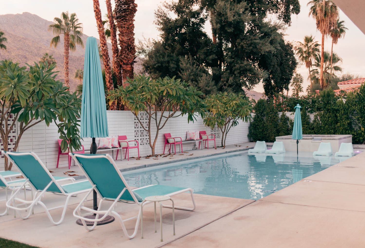 Elizabeth Hugen of Lizzie in Lace shares pink Palm Springs pool area
