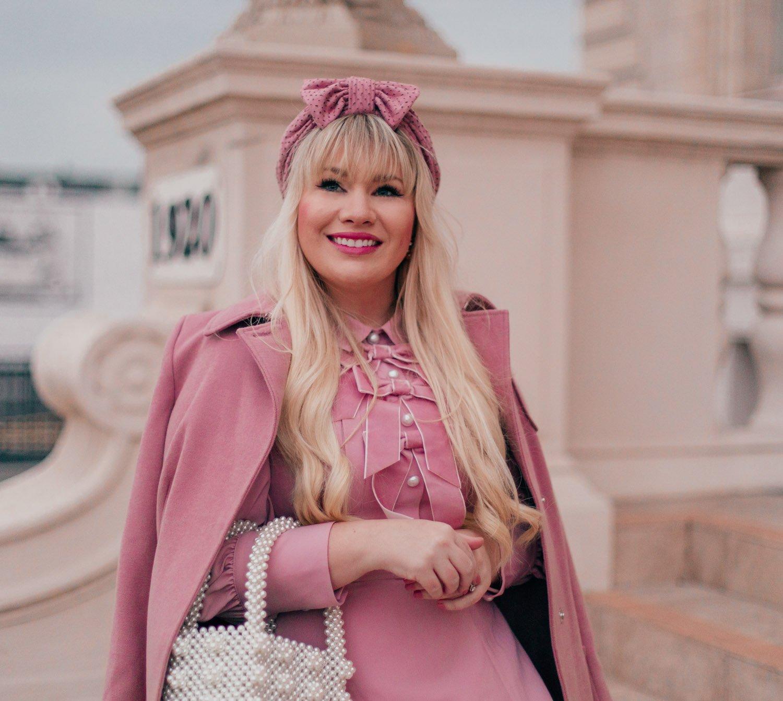 Elizabeth Hugen of Lizzie in Lace styles a pink turban
