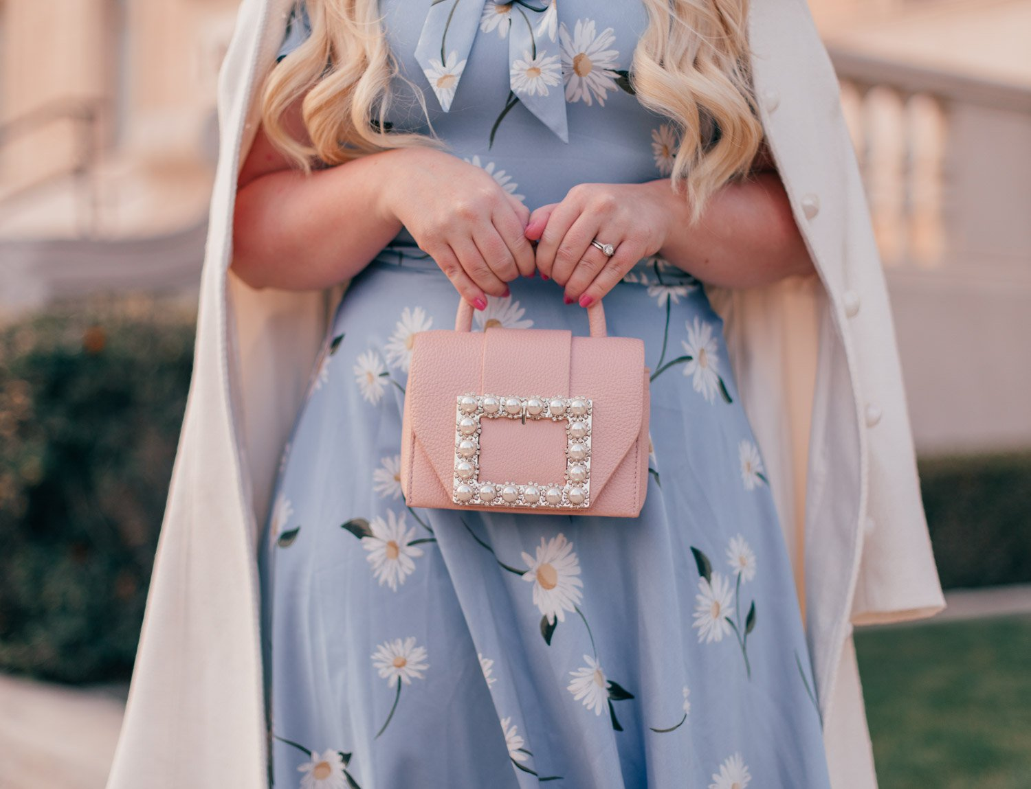Fashion Blogger Elizabeth Hugen of Lizzie in Lace shares her girly handbag collection including this pearl Kate Spade bag