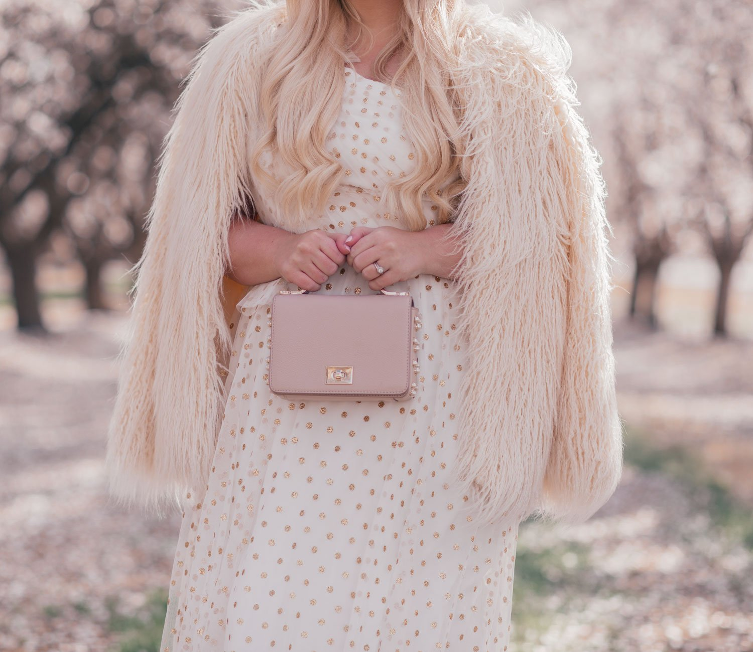 Elizabeth Hugen of Lizzie in Lace celebrates her five year blog anniversary with a white tulle dress