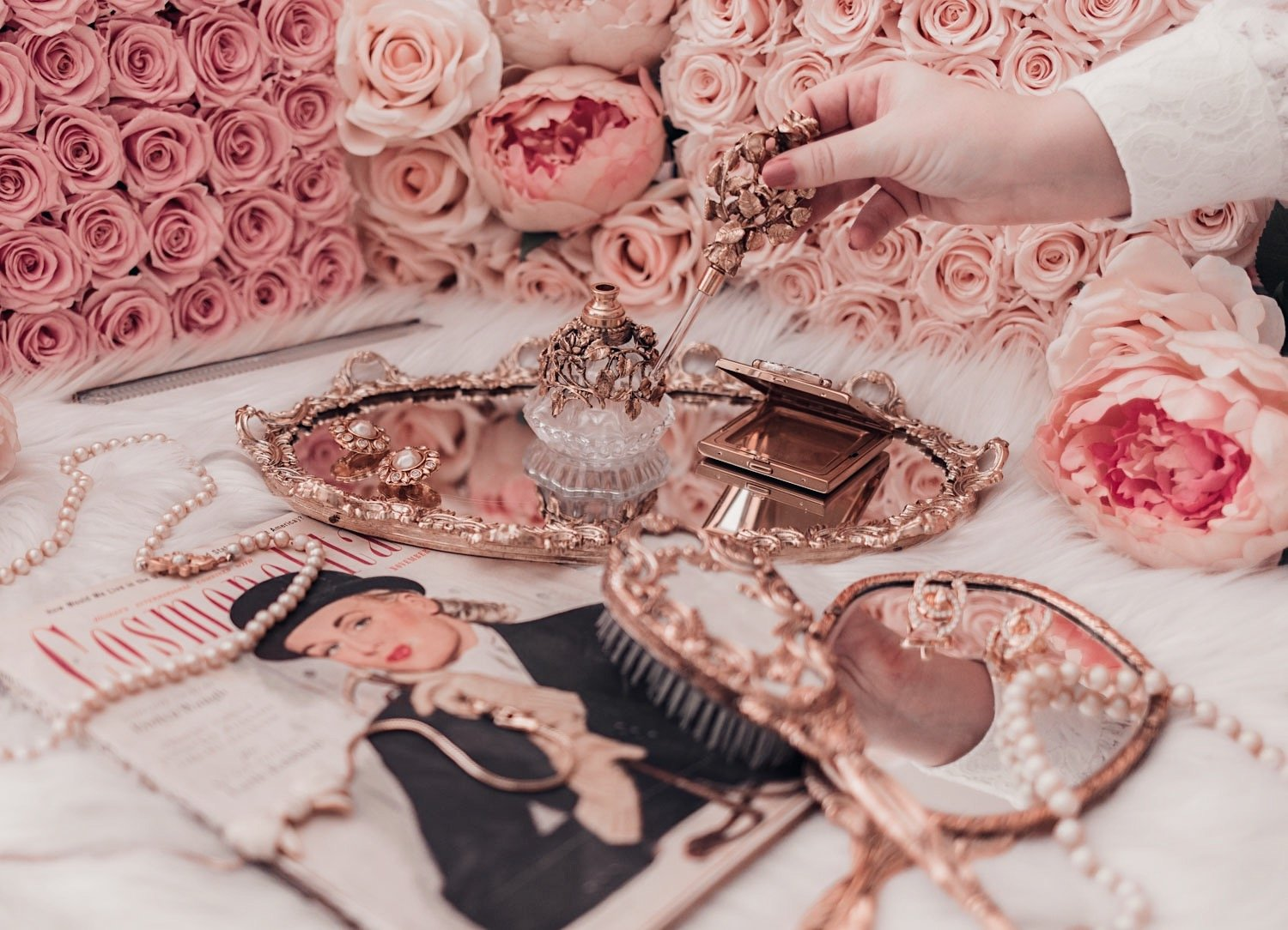 Elizabeth Hugen from Lizzie in Lace shares her Glamorous Vintage Collection