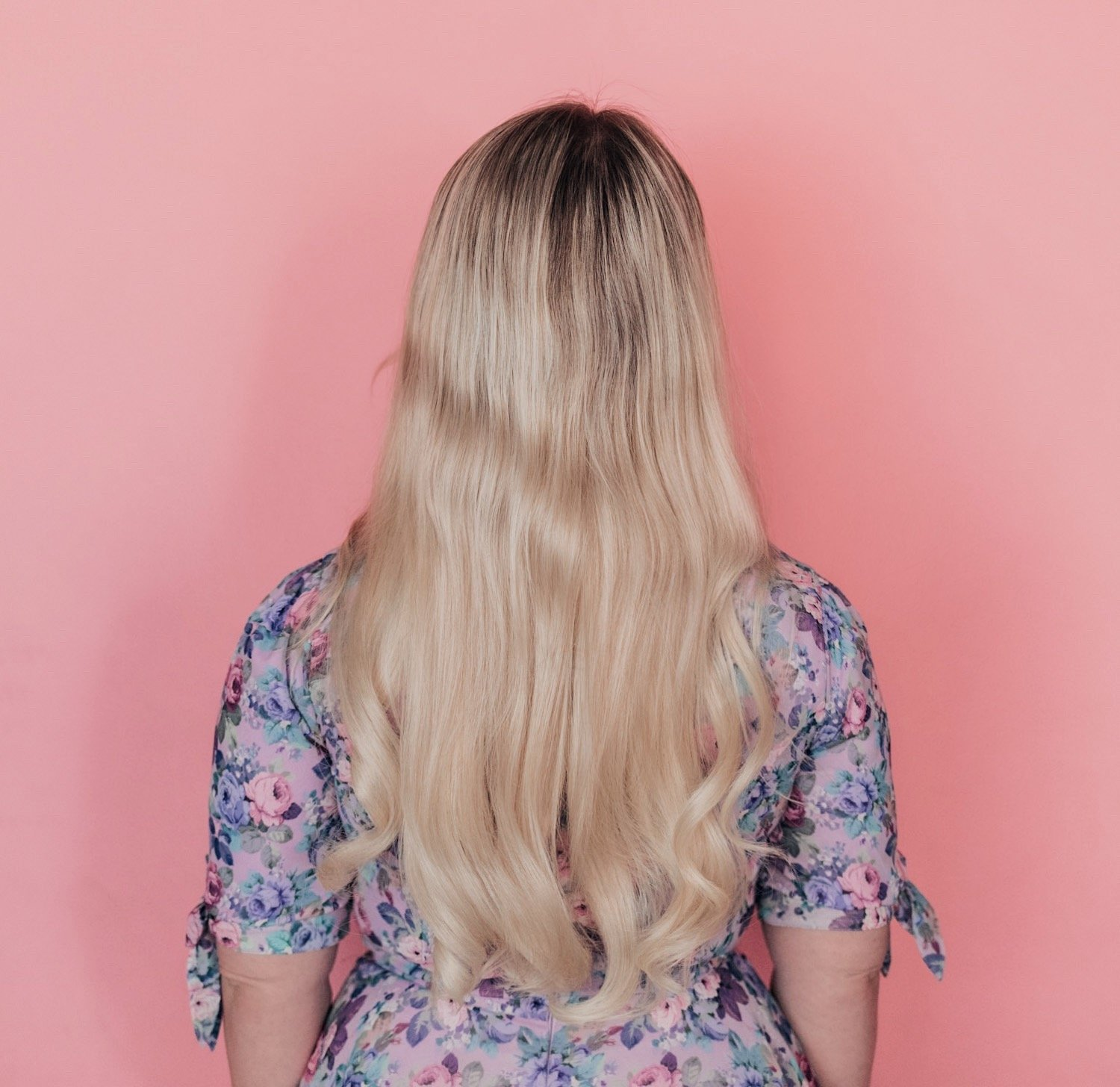Fashion Blogger Elizabeth Hugen of Lizzie in Lace shares her Hidden Crown Extensions Review Update and a comparison of all the extensions including the Hidden Crown Daydream