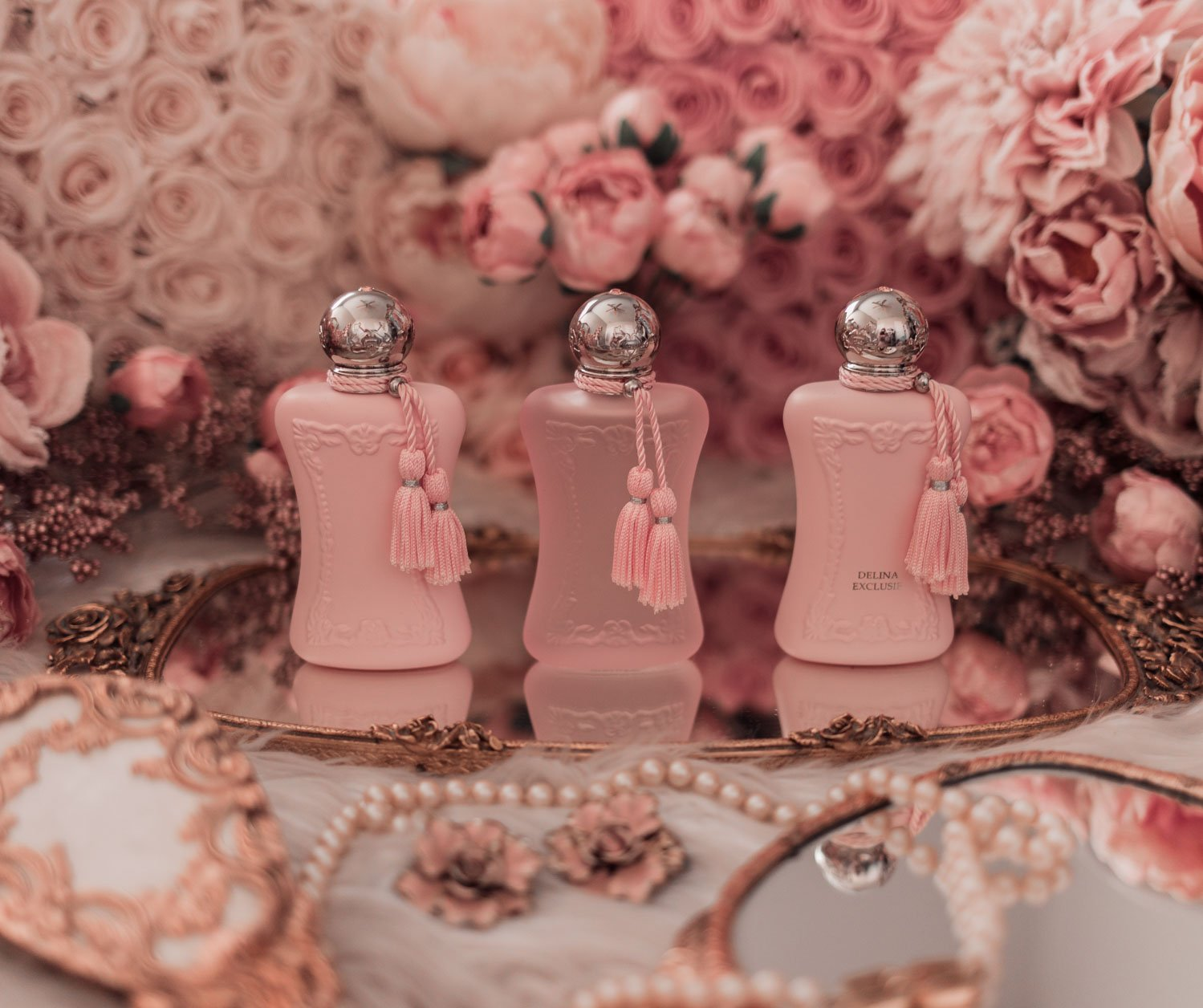 Feminine fashion blogger Elizabeth Hugen of Lizzie in Lace shares the Best Mother's Day gift ideas in her Mother's Day gift guide including the Parfums de Marly Delina collection