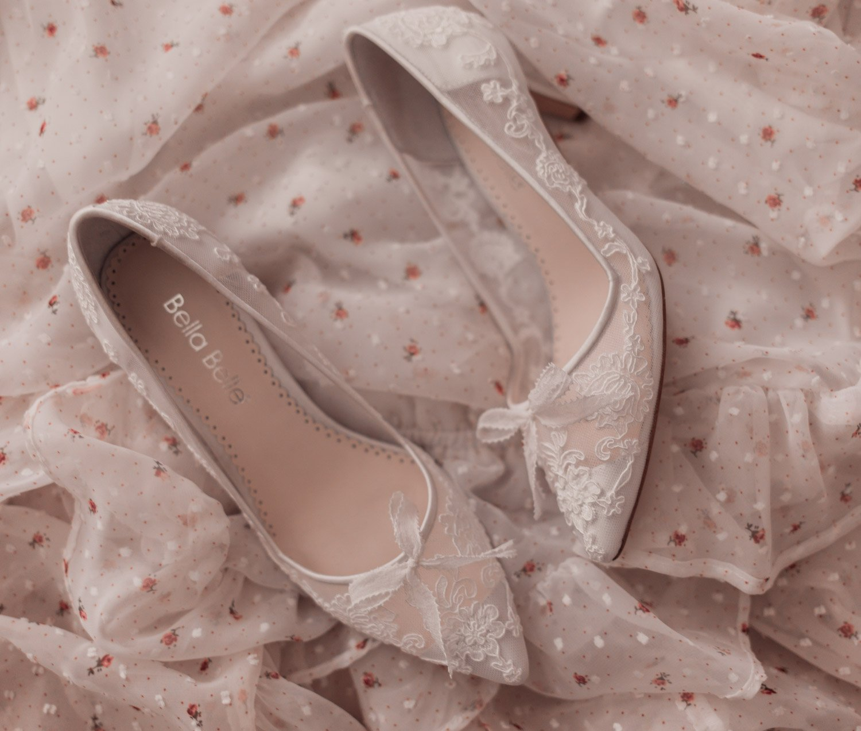 Feminine fashion blogger Elizabeth Hugen of Lizzie in Lace shares an honest Bella Bella Shoes Review and Feminine Shoe Haul including the Bella Belle Monica shoe