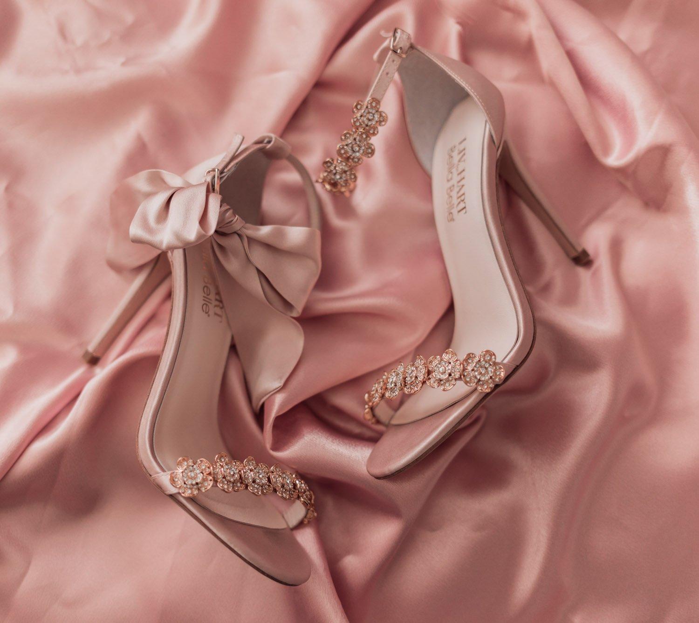 Feminine fashion blogger Elizabeth Hugen of Lizzie in Lace shares an honest Bella Bella Shoes Review and Feminine Shoe Haul including the Bella Belle Mariee shoe