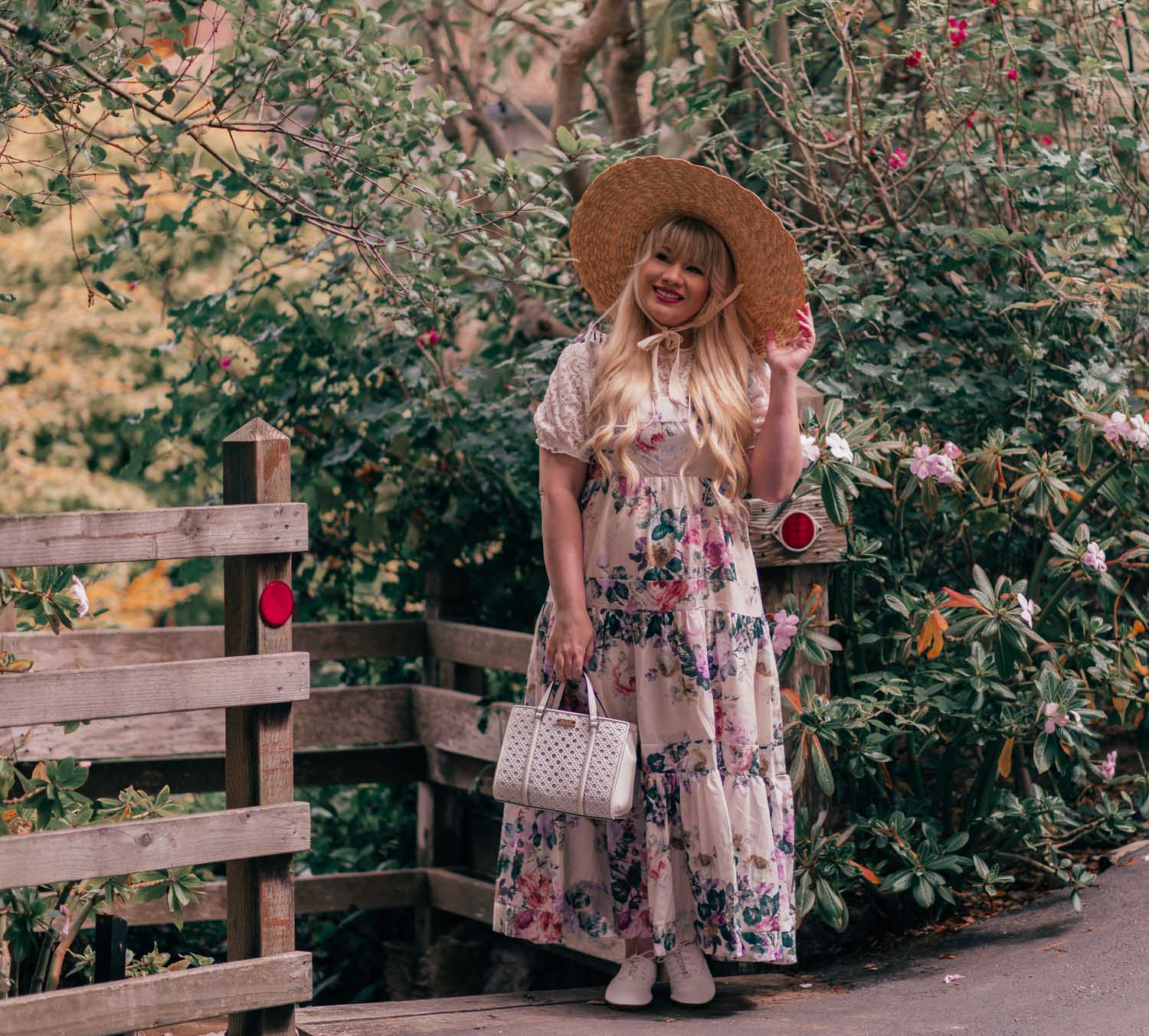 How to Create a Cottagecore Aesthetic Outfit