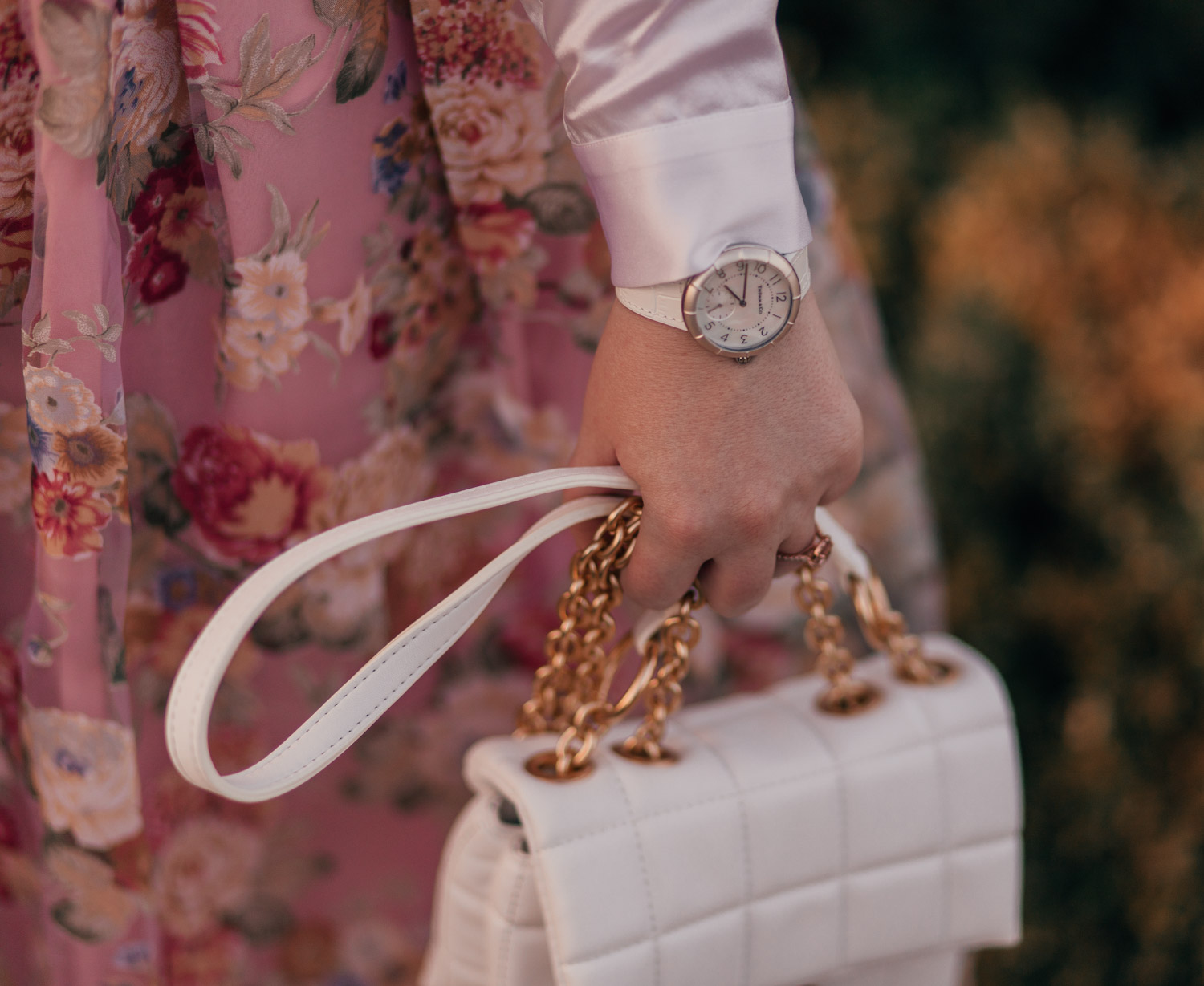Feminine fashion blogger Elizabeth Hugen of Lizzie in Lace shares How to Style a Classically Feminine Outfit including a Thumm watch and House of Want handbag