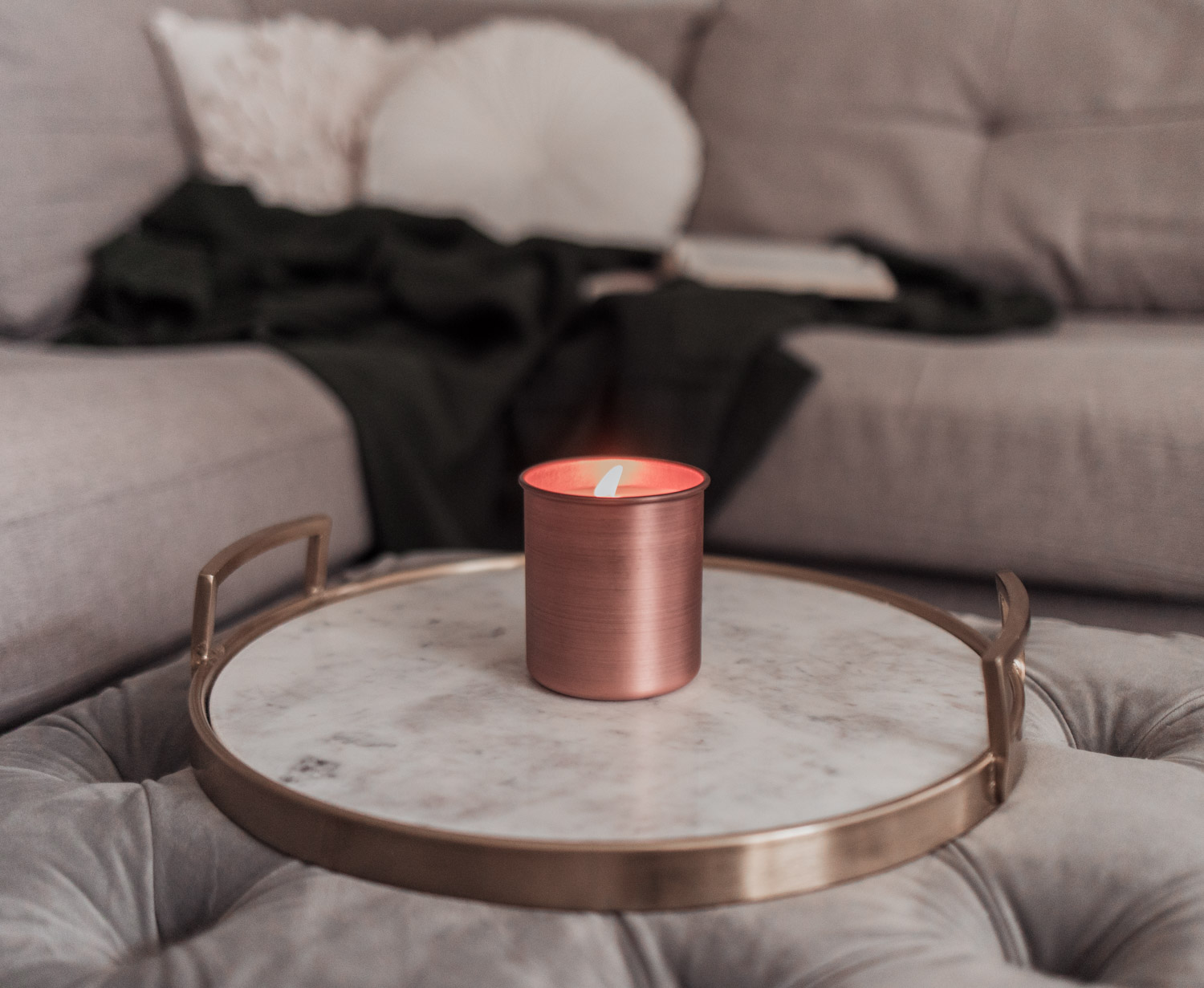 Feminine Fashion Blogger Elizabeth Hugen of Lizzie in Lace shares a peek into the FabFitFun Fall Box including the Arhaus Evergreen Candle