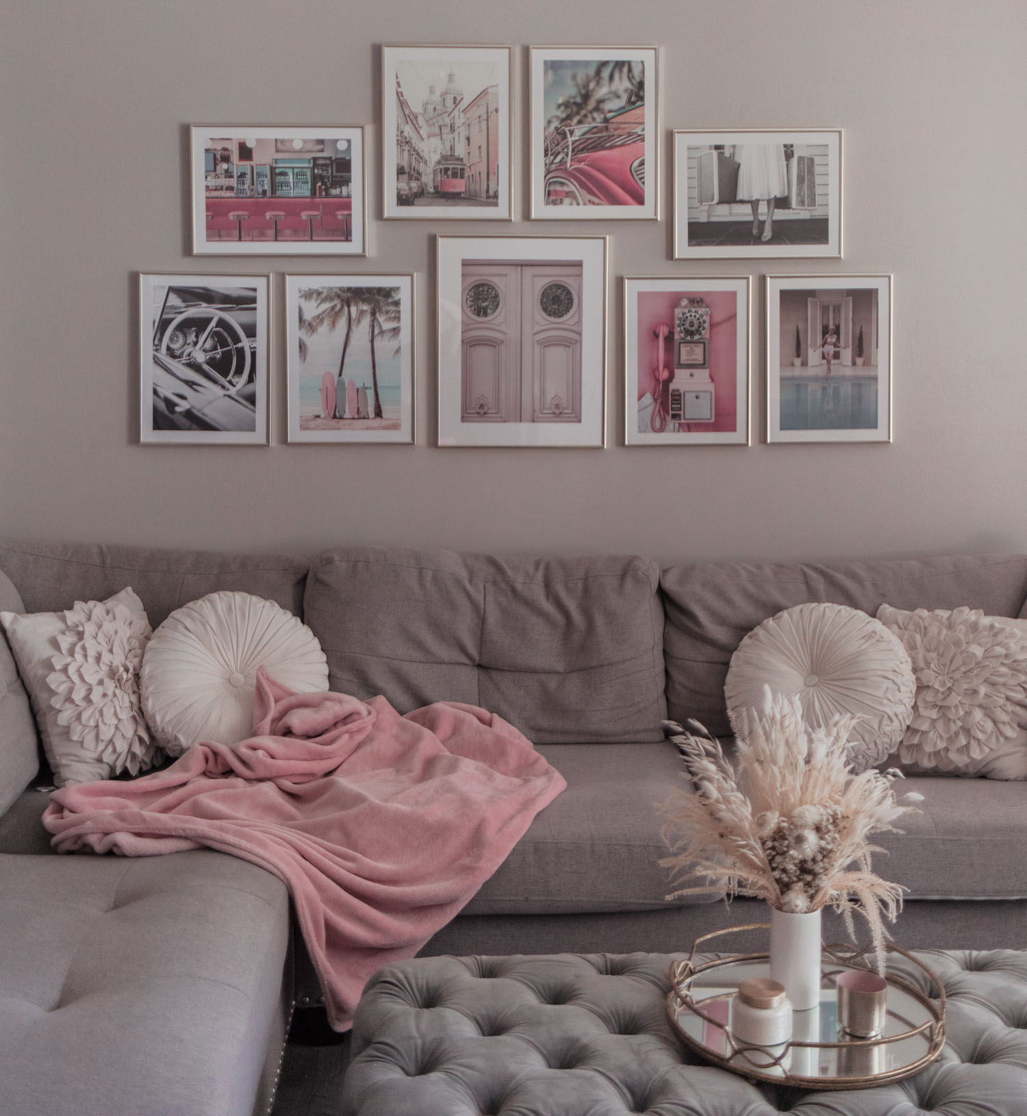 Colorful Vintage Inspired Gallery Wall Idea That You'll Love
