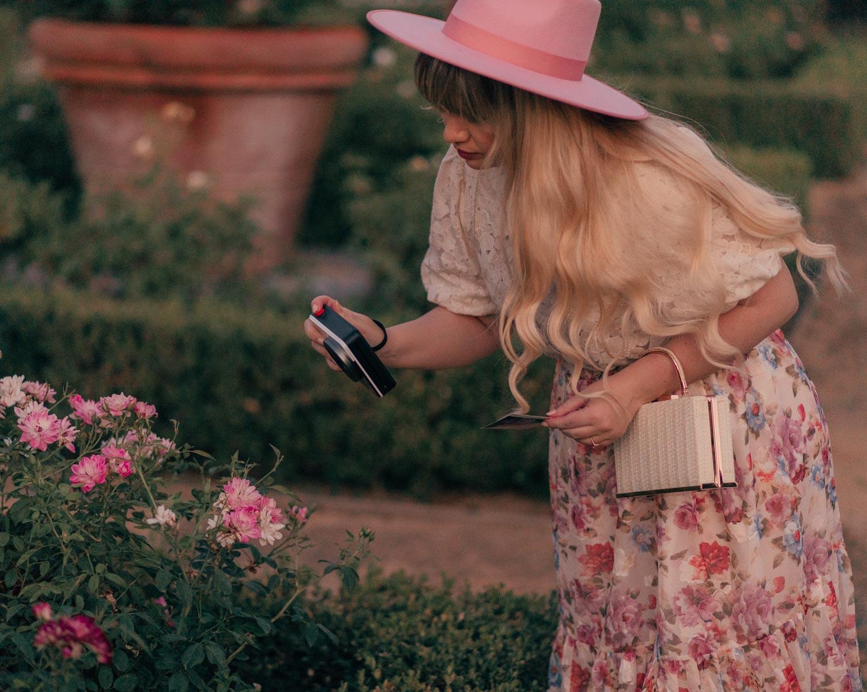 Feminine Fashion Blogger Elizabeth Hugen of Lizzie in Lace shares her top 5 Feminine Summer Essentials for the Girly Girl including the Kodak Mini Shot 3