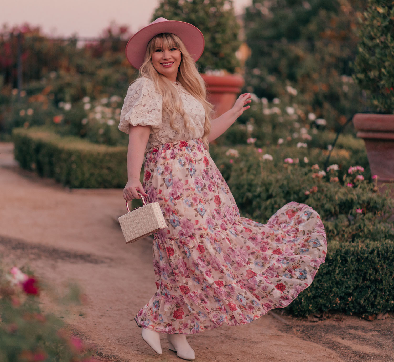 Feminine Fashion Blogger Elizabeth Hugen of Lizzie in Lace shares her top 5 Feminine Summer Essentials for the Girly Girl including a Chicwish Floral Maxi Skirt
