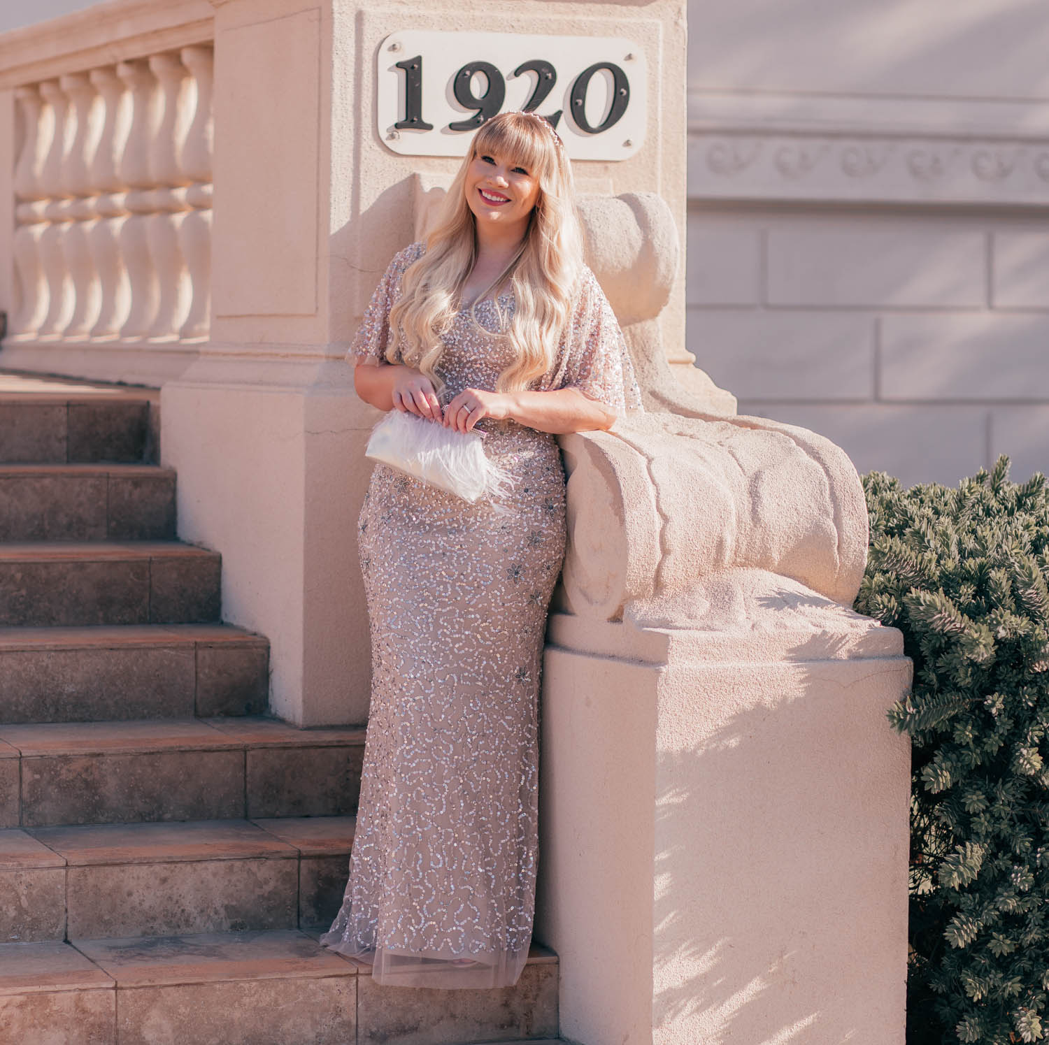 Feminine Fashion Blogger Elizabeth Hugen of Lizzie in Lace shares her Old Hollywood Glam Outfit Inspo with a glamorous Adrianna Papell sequin dress