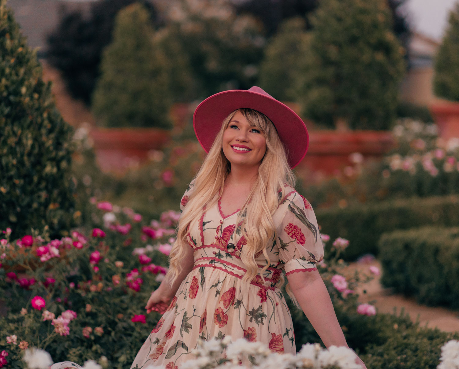 Feminine Fashion Blogger Elizabeth Hugen of Lizzie in Lace shares how to Transition a Floral Dress to Fall in 3 Ways with this gorgeous lack of color rancher hat