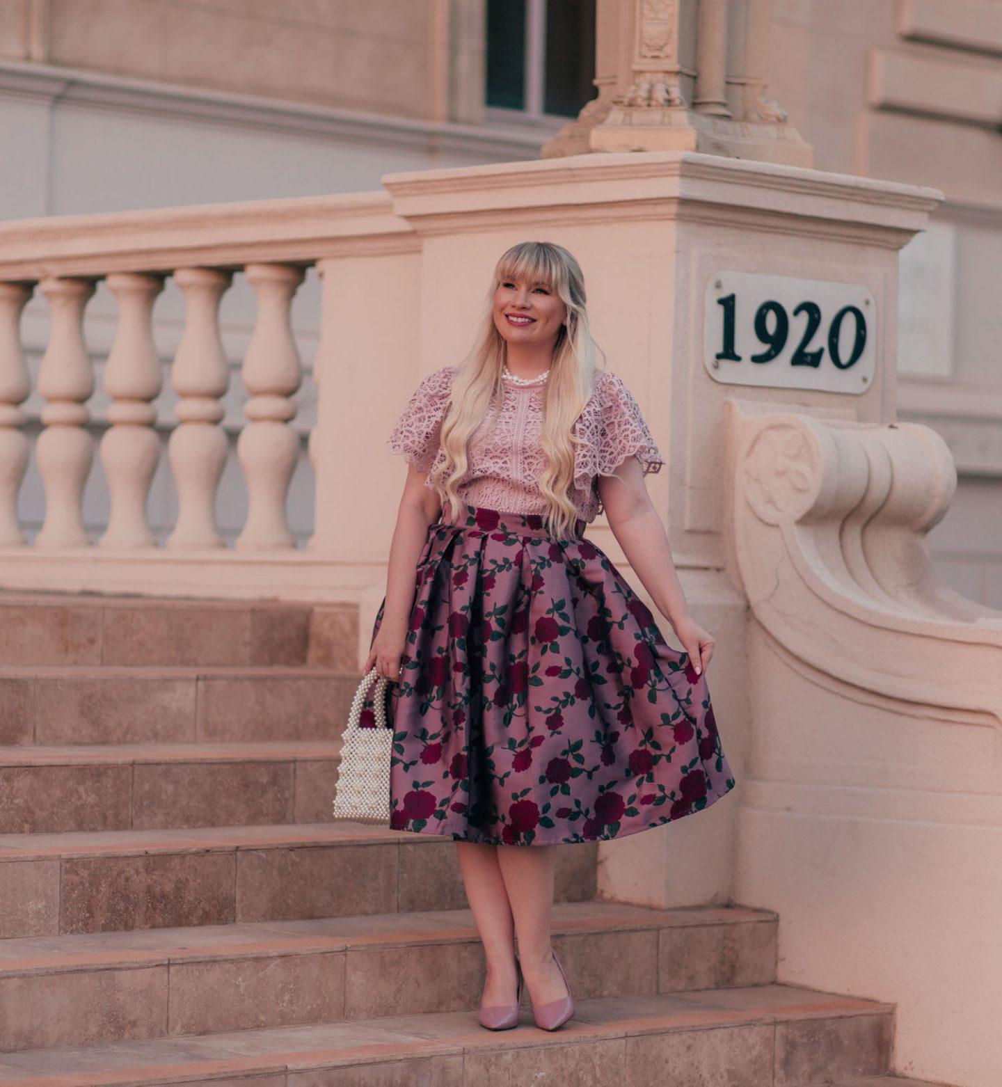 5 Marvelous Ways to Dress More Feminine